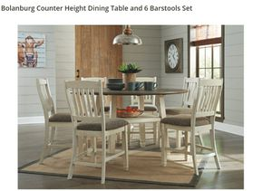 DINING TABLE AND 6 CHAIRS for Sale in Pomona, CA