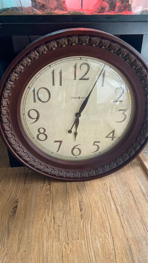 Big hanging clock for Sale in Deming, WA