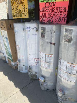 Water heater de 30 40 50 75 y 100 galones 6 meses de garantía for Sale in Vernon, CA