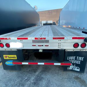 Flatbed Trailer 48 Ft Fountaine 2013 for Sale in Melrose Park, IL