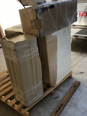 Kitchen cabinets for sale (extra) for Sale in Clovis, CA