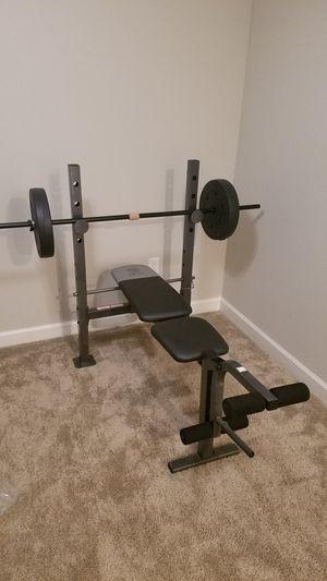 Almost new Bench press for Sale in Sun City Center, FL