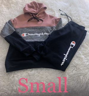 Champion Set 🎀 for Sale in Fontana, CA