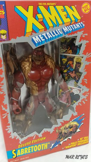 "X-MEN ""SABRETOOTH"" 10 inch figure by Toy Biz for Sale in Queens, NY"