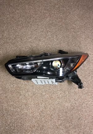 Infinity QX60 2016-2017 OEM headlight left for Sale in Silver Spring, MD