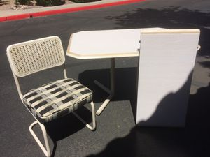 Kitchen Table + 6 Chairs for Sale in Scottsdale, AZ