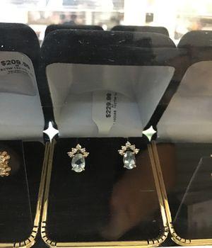 Woman's earrings - 14k - 10 diamonds .10ctw for Sale in Bakersfield, CA
