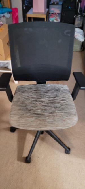 Ergonomic office/desk chair $30 for Sale in Colton, CA