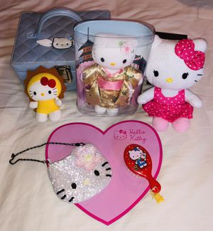Hello Kitty Set. New from Sanrio Smiles. Purse, brush, dolls, pad, travel box. Free gifts with purchase. for Sale in Dunwoody, GA