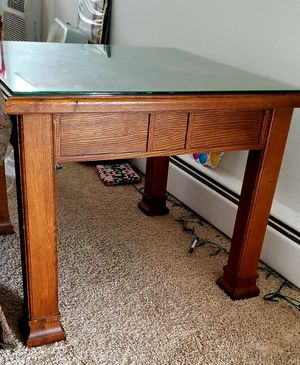 2 wooden side/end tables for Sale in Des Plaines, IL