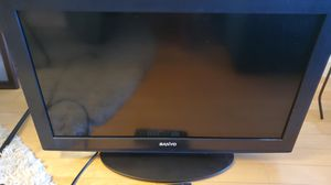 Sanyo 32 inch TV & remote for Sale in St. Pete Beach, FL