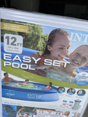 BRAND NEW INTEX EASY SET 12ft x 30in Above Ground Swimming Pool w/ Pump & Filter for Sale in Houston, TX
