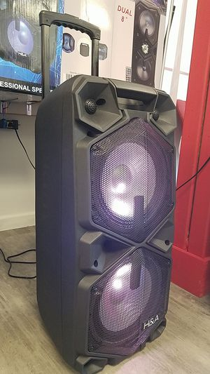 Brand new Portable Party Speaker 5000W mic and remote Included. Dual power for Sale in Dallas, TX