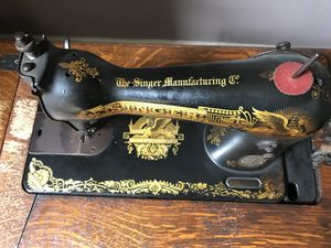 Original Antique Singer Sewing Machine for Sale in Baltimore, MD