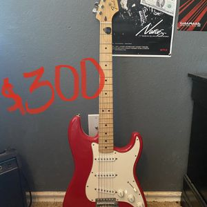 Red Fender Guitar (Stratocaster) for Sale in Fort Worth, TX