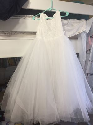 White Flower Girl Dress- Size 4 for Sale in Angier, NC