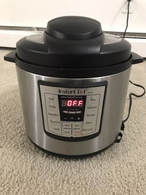 Instant Pot LUX 6QT for Sale in Camp Hill, PA