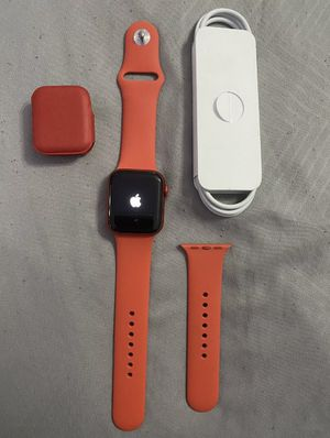 Apple Watch 6 40 mm for Sale in East Hartford, CT