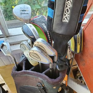 Golf Clubs Used with caddy holder 10 pc set for Sale in Branford, CT