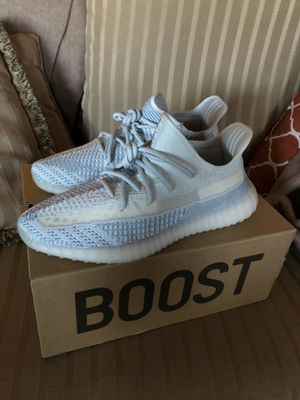 Yeezy Cloud for Sale in Puyallup, WA