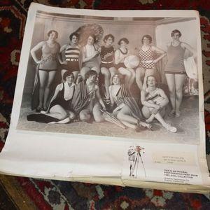 ORIGINAL 1928 GOTTSCHALKS FRESNO BATHING GIRLS LAVEL PHOTO GREAT CONDITION $49. for Sale in Fresno, CA