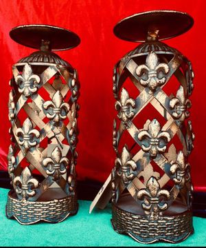Gorgeous set of 2 new candle holders Antique style metal art H10.5xW4 inch (candles not included) for Sale in Chandler, AZ