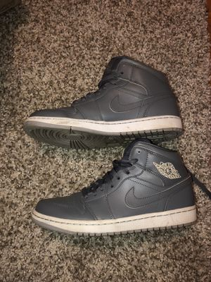 Nike Men's Air Jordan 1 Mid High-Top, Size 9 for Sale in Woodhaven, MI