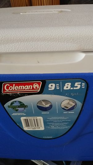 Coleman 9 quart cooler with thermos and lunch bag for Sale in Las Vegas, NV