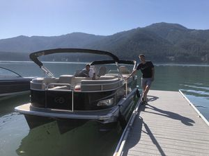 2018 Avalon boat pontoon tritoon for Sale in Salem, OR