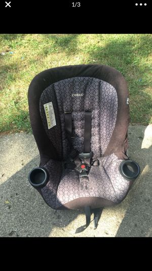 Car seat for Sale in Dearborn, MI