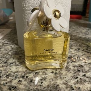 Daisy Perfume for Sale in San Antonio, TX