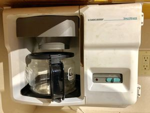 GE spacemaker coffee maker for Sale in Highland Beach, FL