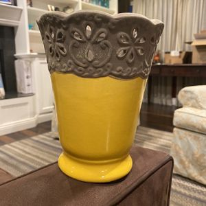 Cut Flower Vase for Sale in Huntington Beach, CA