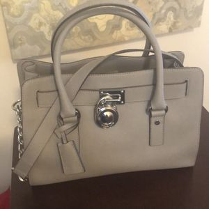 Michael Kors Hamilton Purse for Sale in Brentwood, MD