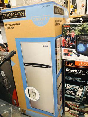 Thomson 7.5 cu. ft. Top-Freezer Refrigerator for Sale in Atlanta, GA