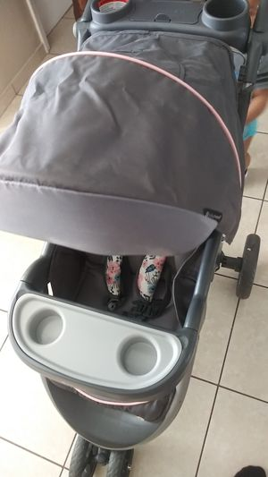Baby trend stroller for Sale in Clearwater, FL