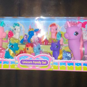 Huge Unicorn Family Set Toys for Sale in Albuquerque, NM
