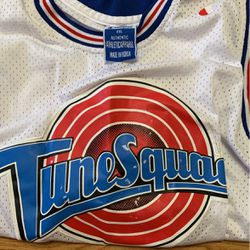 Looney tune jersey for Sale in Smyrna,  TN