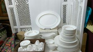 70 Piece Royal Worcester Mayfield China for Sale in Austin, TX