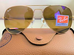 Brand New Authentic Aviator Sunglasses for Sale in Biscayne Park, FL