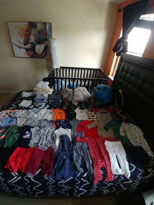 Lightly worn baby clothes and accessories for boy size:newborn-3 month for Sale in Miramar, FL