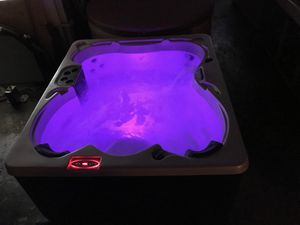 Hot tub jacuzzi spa for Sale in Fort Lauderdale, FL