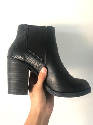 NewLook Black Booties Size: 8 for Sale in Salt Lake City, UT