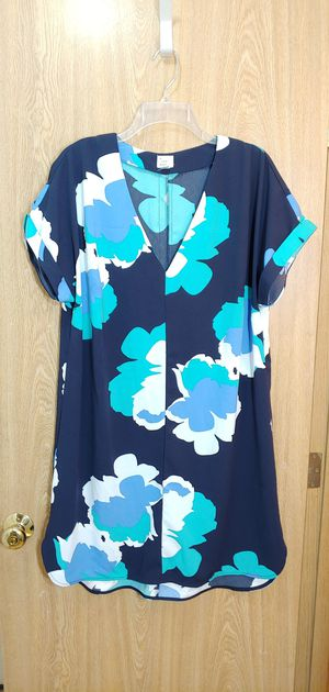 XL-Stretchy navy blue, white & turquoise vneck short sleeve shift dress for Sale in Kent, WA