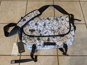 Timbuk2 Facet Print Classic Messenger shoulder bag for Sale in Denver, CO