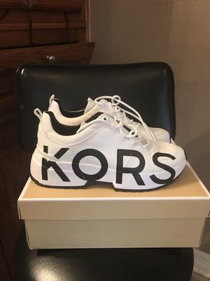 Michael Kors Ladies Sneakers New size 9 for Sale in Harker Heights, TX