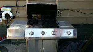 Gas BBQ grill stainless steel for Sale in Cleveland, OH