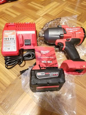 "Milwaukee 1/2"" Impact Wrench Brushless Fuel 1400lbs kit M18 for Sale in Norwalk, CA"