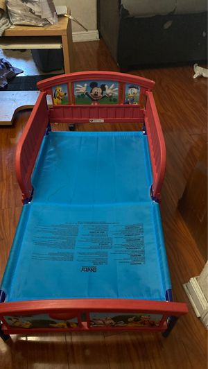 Kids bed frame for Sale in Long Beach, CA