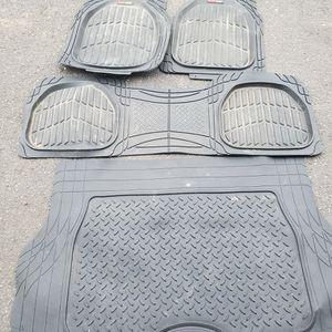 Free Floor Mats - Infiniti QX60 for Sale in Burlington, CT